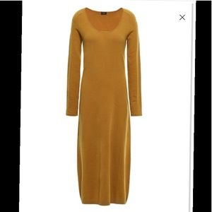 Joseph 79% wool blend midi dress